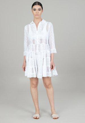 Vapaa-ajan mekko - bianco