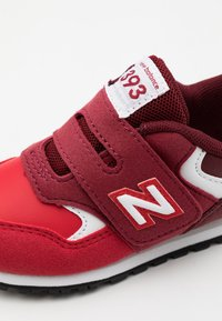 New Balance - IV393TRD UNISEX - Sneakers basse - classic red - 5