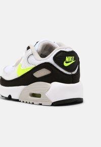 Nike Sportswear - AIR MAX 90 UNISEX - Trainers - white/hot lime/black/neutral grey - 4