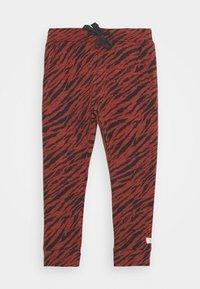 Noppies - SLIM FIT PANTS MANTECA UNISEX - Trousers - mahoganey - 0