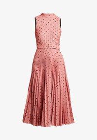 Closet - PLEATED DRESS - Day dress - rose - 6