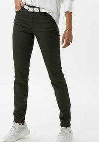 BRAX - STYLE SHAKIRA - Jeans Skinny Fit - clean dark olive - 0