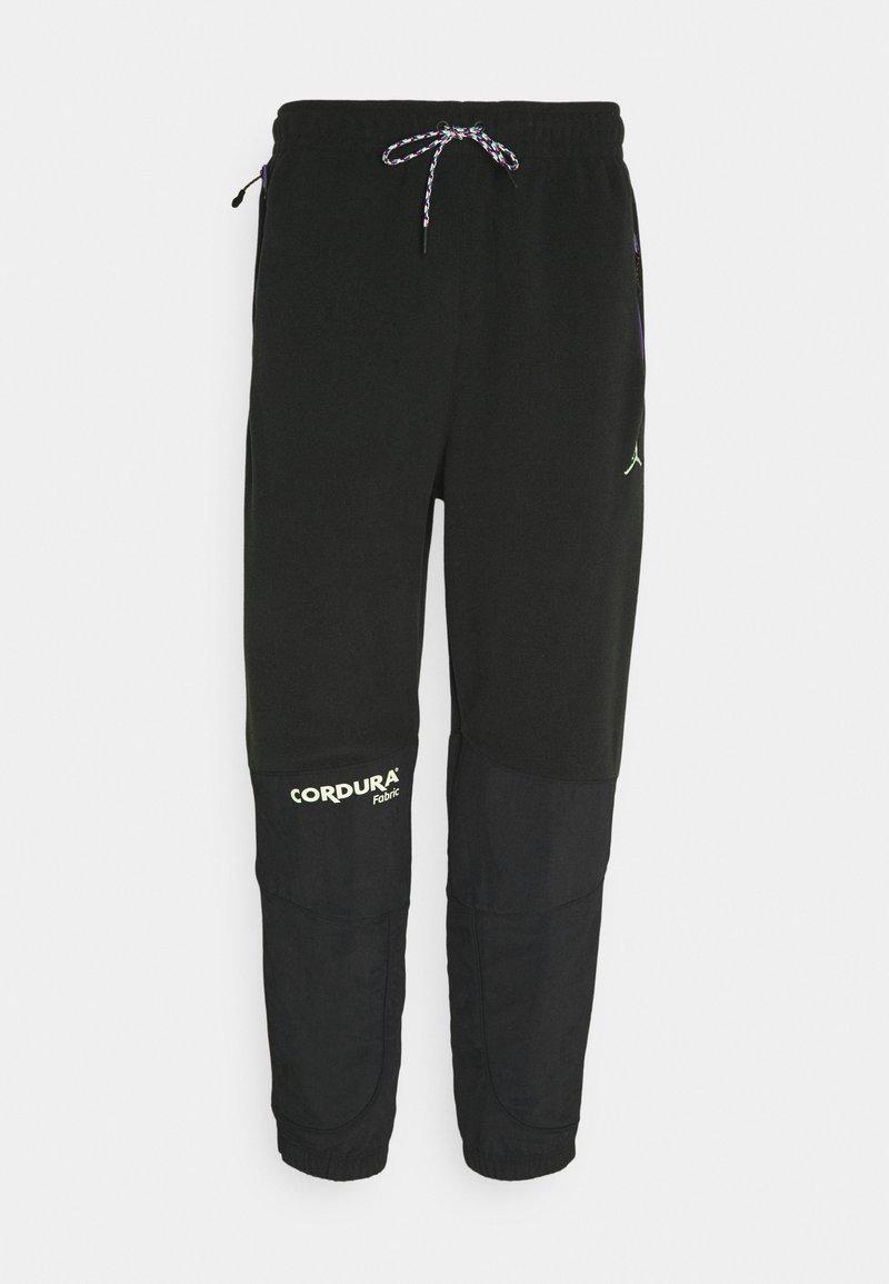 Jordan - MOUNTAINSIDE PANT - Pantaloni sportivi - black/court purple/barely volt