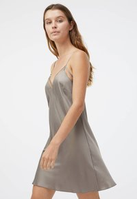 OYSHO - Nightie - beige - 1