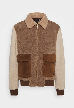 COLOURBLOCK SHERPA - Light jacket - camel/light brown