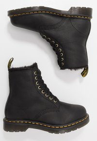 Dr. Martens - 1460 PASCAL UNISEX - Lace-up ankle boots - black - 1