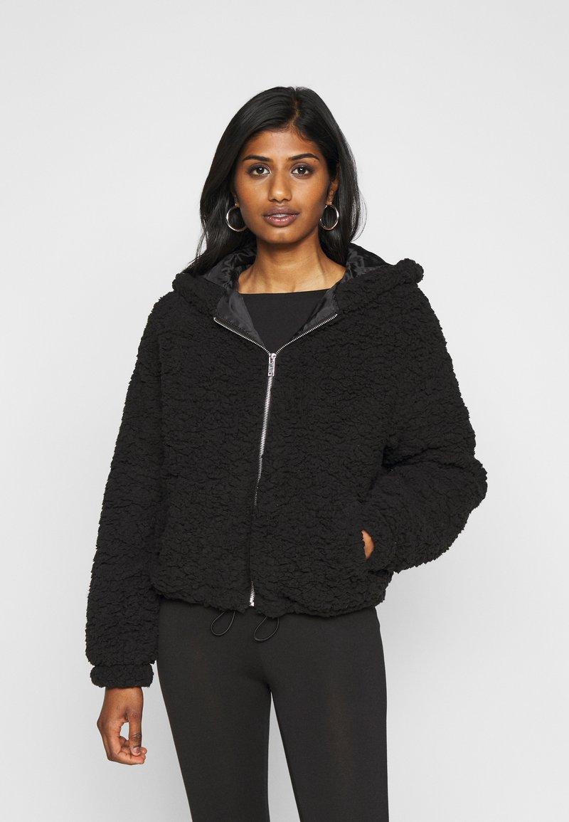 New Look Petite - SHORT BORG - Light jacket - black