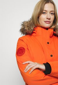 Superdry - EVEREST SNOW - Skijakke - havana orange - 5