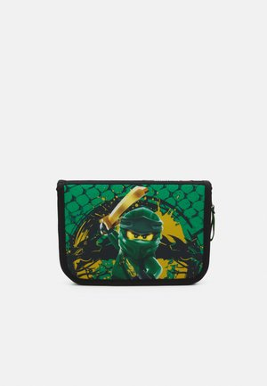 PENCIL CASE UNISEX - Pencil case - ninjago green