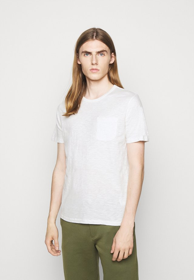 WILD ONES POCKET - T-Shirt basic - ecru