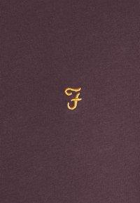 Farah - GROVES RINGER TEE - T-shirt z nadrukiem - farah red - 6