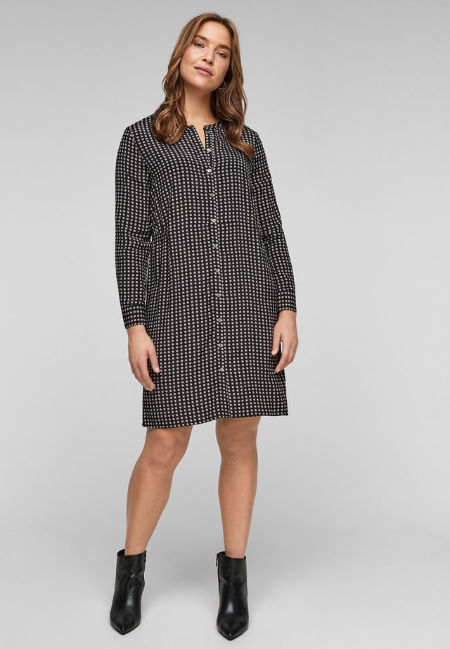 MIT STEHKRAGEN - Shirt dress - black dots