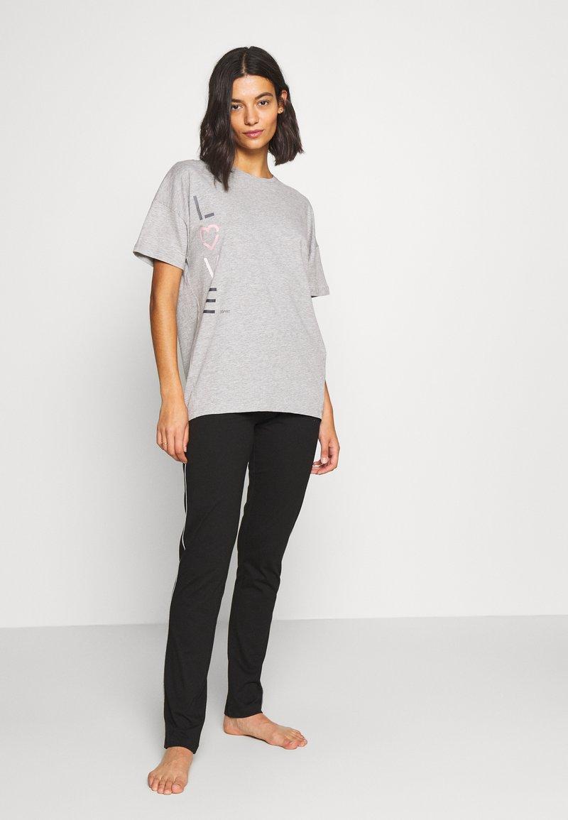 Esprit - GOLDAH  SET - Pyjama set - light grey