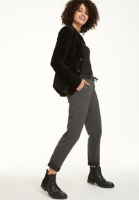 comma casual identity - REGULAR FIT - Tracksuit bottoms - dark grey melange - 1
