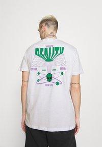 YOURTURN - UNISEX - T-shirts print - white - 2