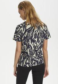 Soaked in Luxury - SLSALLIE  - Print T-shirt - zebra strokes blue - 2