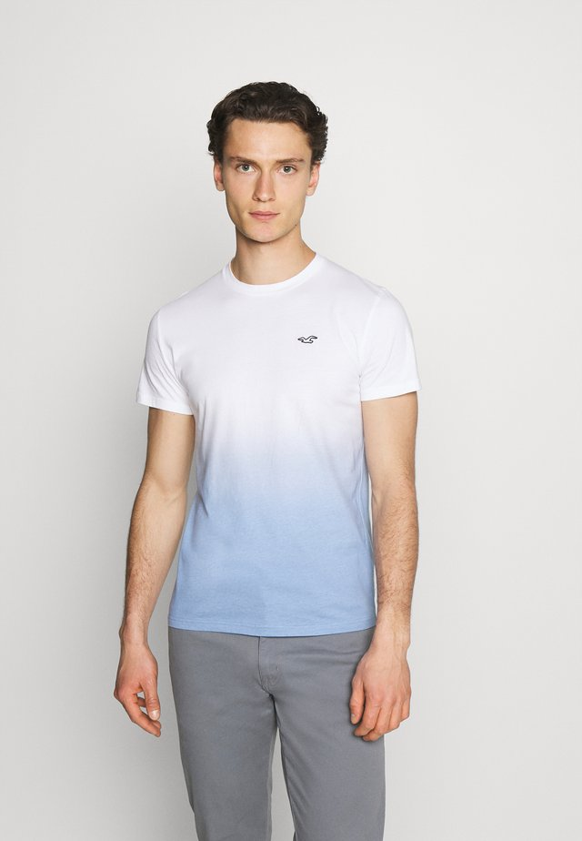 CREW OMBRE - Camiseta estampada - white/blue