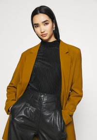 Monki - PIRA - Långärmad tröja - black - 4
