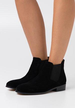 UZOU - Kotníková obuv - noir