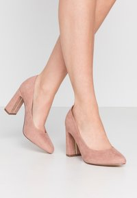 Dorothy Perkins Wide Fit - WIDE FIT DIANA ROUND TOE METAIL BLOCK - Szpilki - blush - 0