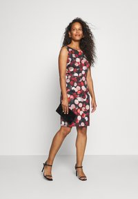 Betty & Co - Shift dress - black/red - 1