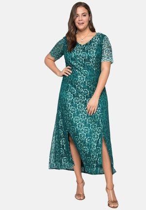 Occasion wear - emerald