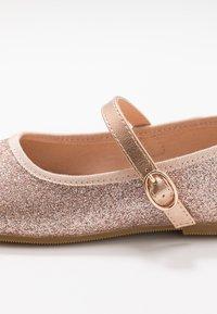 Friboo - Ankle strap ballet pumps - champagne - 2