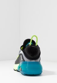 Nike Sportswear - AIR MAX 2090 - Trainers - white/black/volt/valerian blue - 5