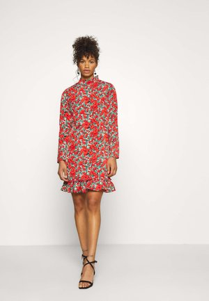 HIGH NECK DROP WAIST SMOCK DRESS FLORAL - Denní šaty - red