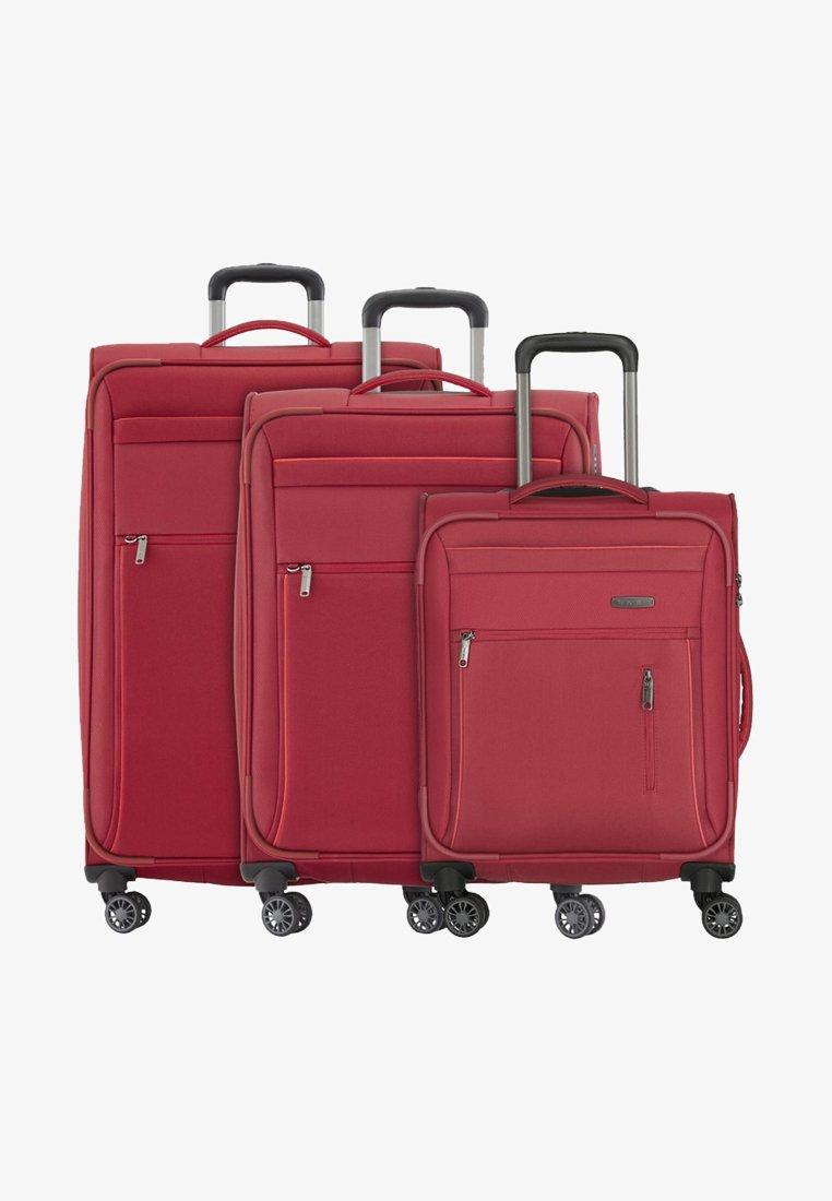 Travelite - 4 PCS - Wheeled suitcase - red