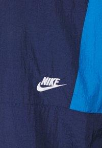 Nike Sportswear - CREW - Kurtka sportowa - midnight navy/pacific blue/light bone - 2
