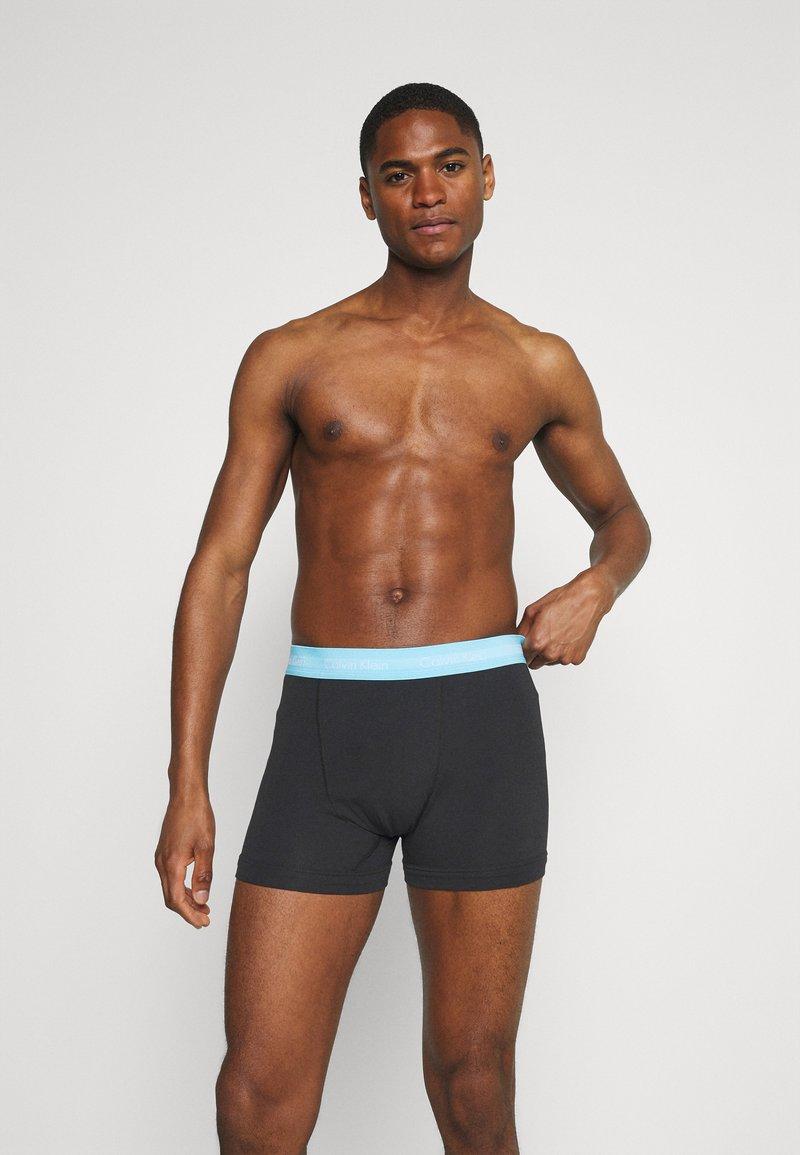 Calvin Klein Underwear - TRUNK 3 PACK - Culotte - black