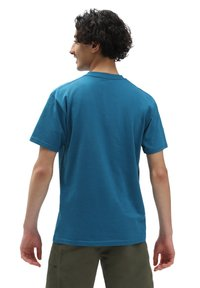 Vans - MN WOVEN PATCH POCKET M - Print T-shirt - moroccan blue - 1