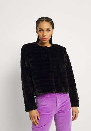 ONLLOUISE JACKET - Winter jacket - black