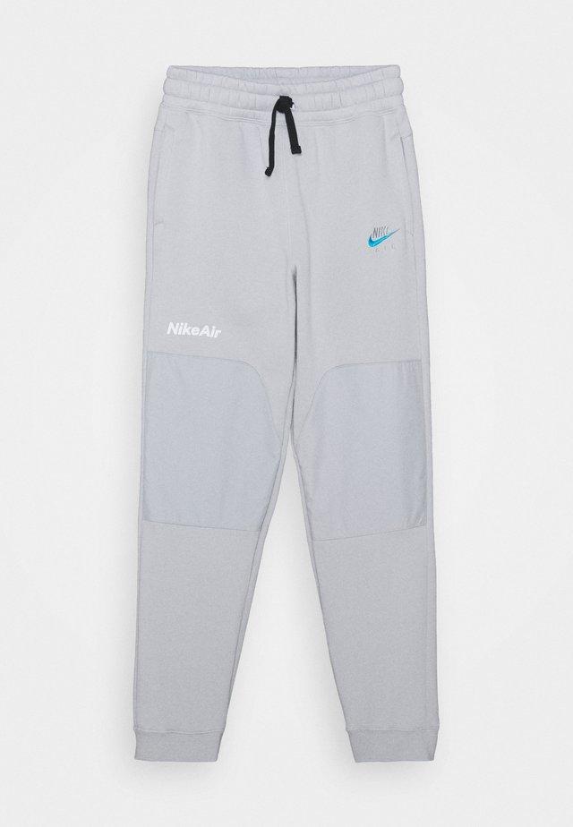 AIR - Pantalon de survêtement - grey fog/laser blue