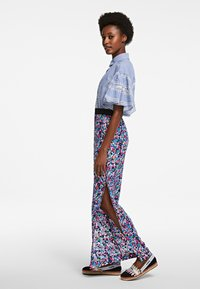 KARL LAGERFELD - Trousers - multi-coloured - 4