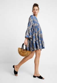 ONLY - ONLDIANAATHENA 3/4 DRESS - Day dress - blue horizon - 2