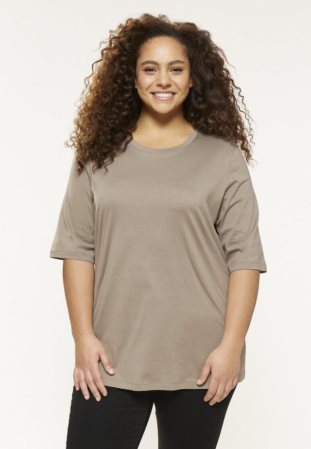 MILY - Basic T-shirt - fango