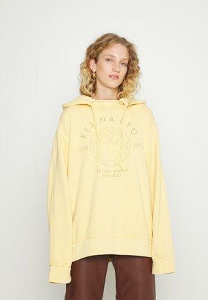 BENNY HOODIE - Sweater - yellow