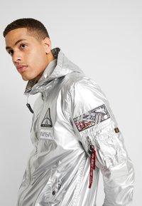 Alpha Industries - HOODED NASA - Summer jacket - silver - 6