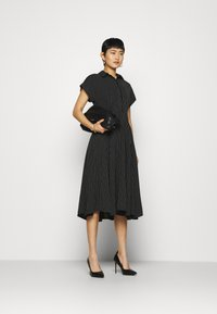 Closet - CLOSET FULL SKIRT SHIRT DRESS - Paitamekko - black - 1