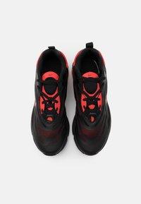 Nike Sportswear - AIR MAX EXOSENSE - Baskets basses - black/chile red - 3
