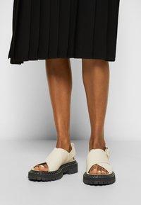 Proenza Schouler - LUG SOLE - Sandály na platformě - natural - 0