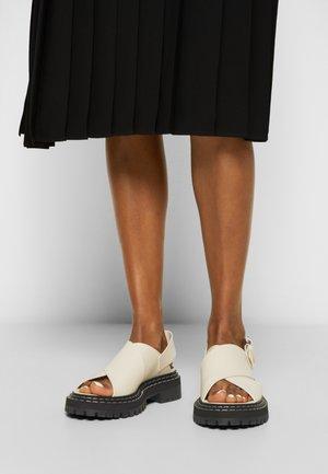 LUG SOLE - Sandalias con plataforma - natural