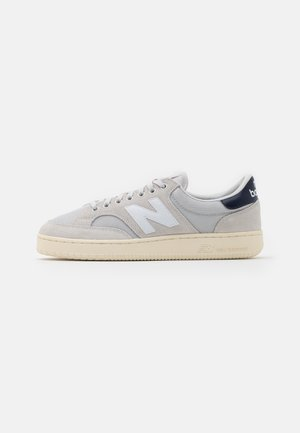 PRO COURT UNISEX - Zapatillas - grey/navy