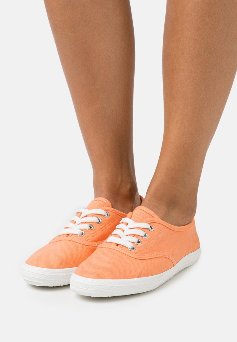 TOM TAILOR - Trainers - salmon