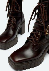 Uterqüe - Veterboots - brown - 3