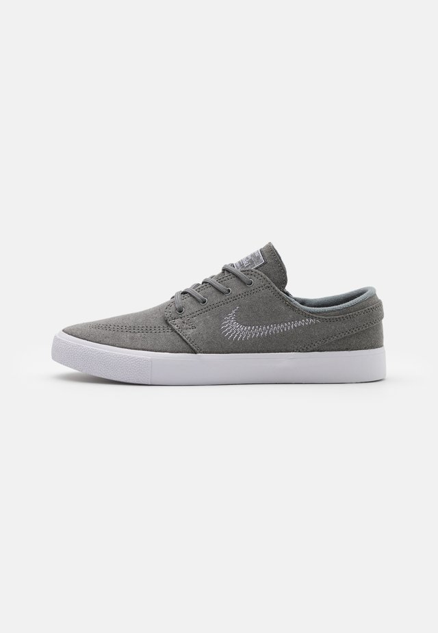 ZOOM STEFAN JANOSKI UNISEX - Trainers - tumbled grey/white
