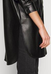 ONLY - ONLAMAZE OVERSIZED - Camisa - black - 5