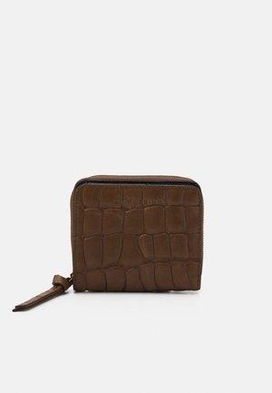 ALEXIS - Wallet - kapok
